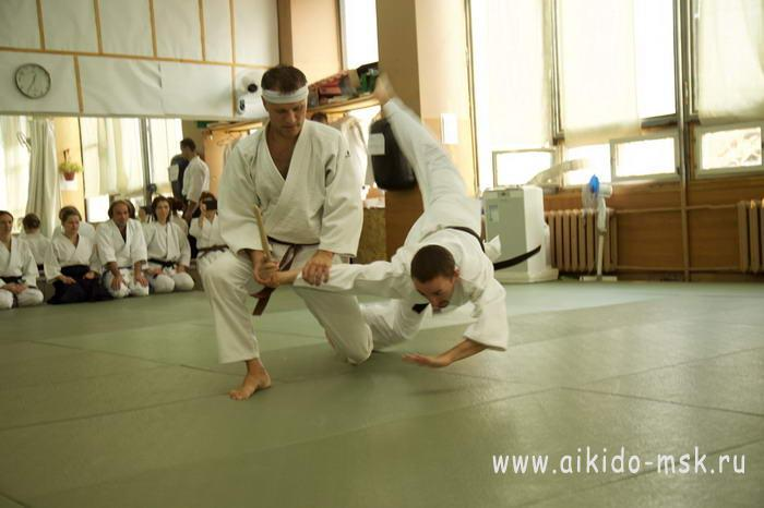 demonstratsiya-yoshinkan-aikido-moskva
